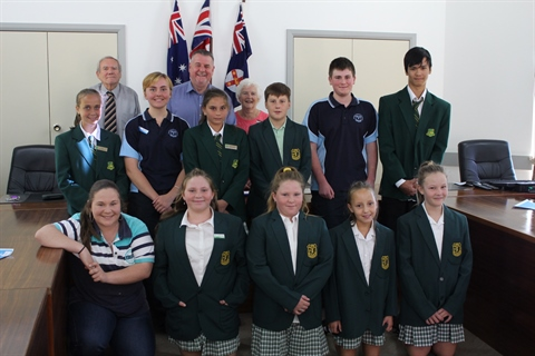 Morning-Tea-with-Mayor-Uralla-schools-10Apr19-5.jpg